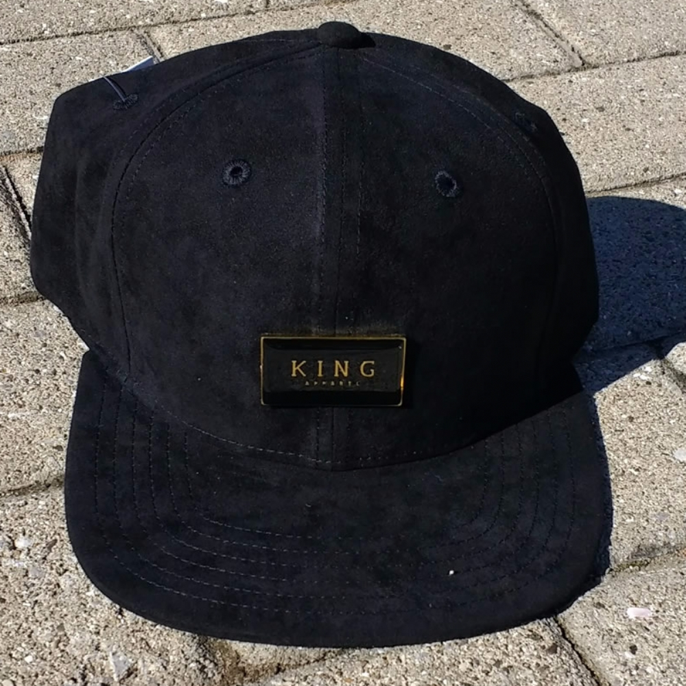King Apparel Gold Seal Snapback Black