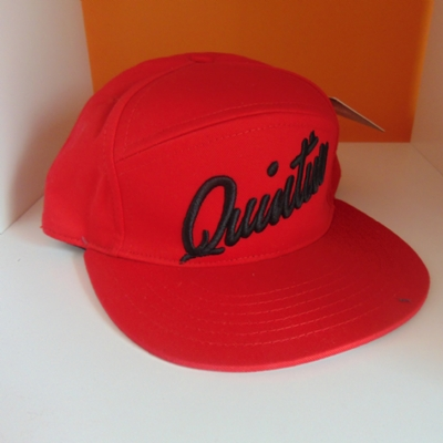 Quintin Snapback 5 panel Bright Red