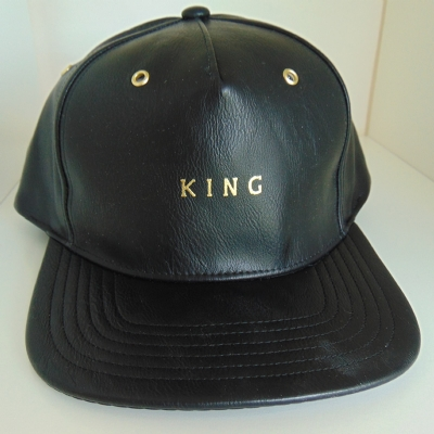 King Apparel Luxe Pinch Panel Snapback Leather- black