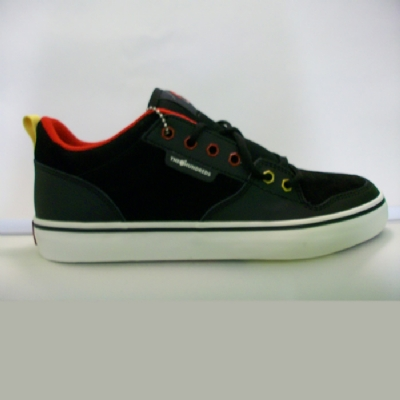 The Hundreds Riley Low Trainers